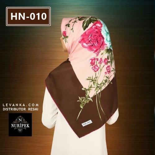 HN-010 HIJAB SQUARE by NUR IPEK